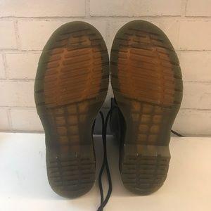 Dr. Martens Shoes - Size 7 NEVER WORN dr. martens!